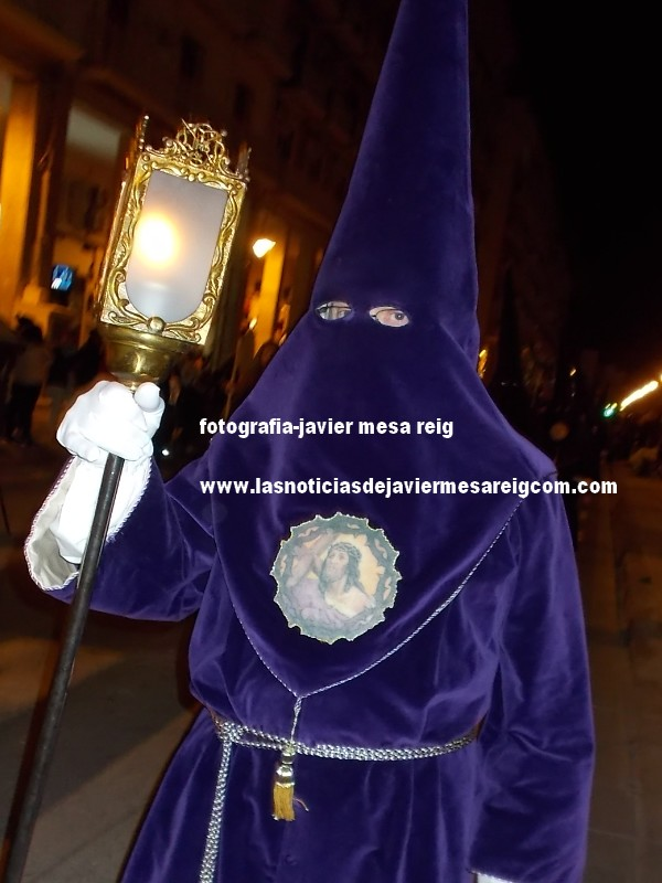 santoentierro40