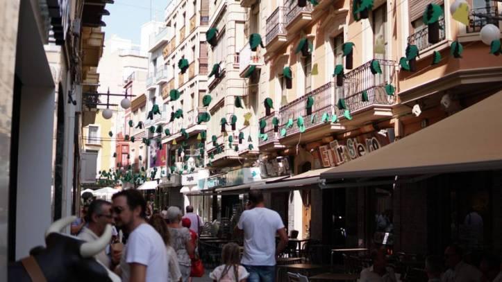 calles-engalanadas-fiestas-1170x659