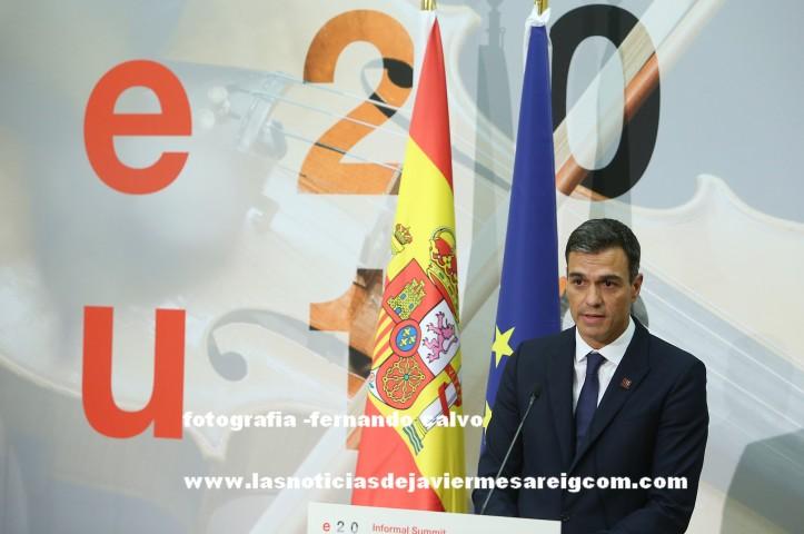 200918-SanchezUE09