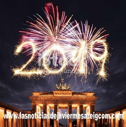2019 new year fireworks in berlin